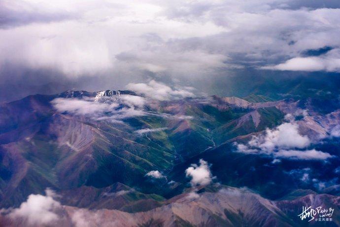 空中看玉树,一幅天然的壮美画卷