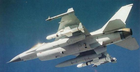 美媒:为对抗中俄 美军一次列装5款新型反舰弹