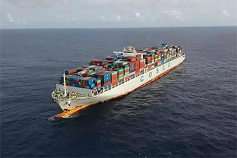 亚丁湾海域传来一个声音:我是中国海军515舰!