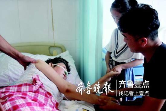 儿子曾获社会救助 母亲去世捐眼角膜:要懂得感恩