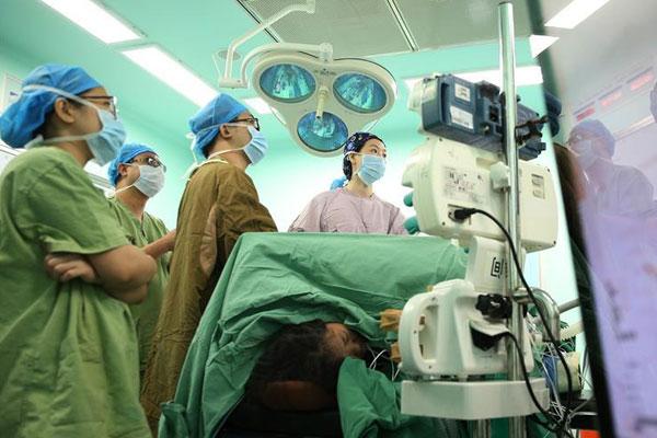 女外科医师的一天