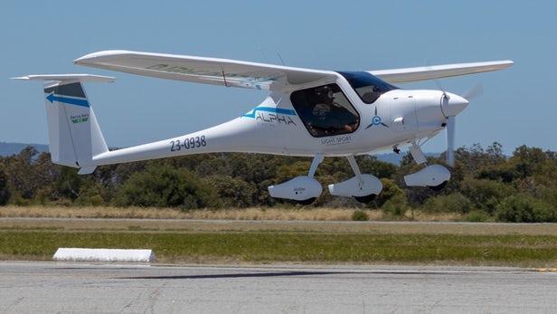 电池拖累变革 纯电动飞机至少还需20年?