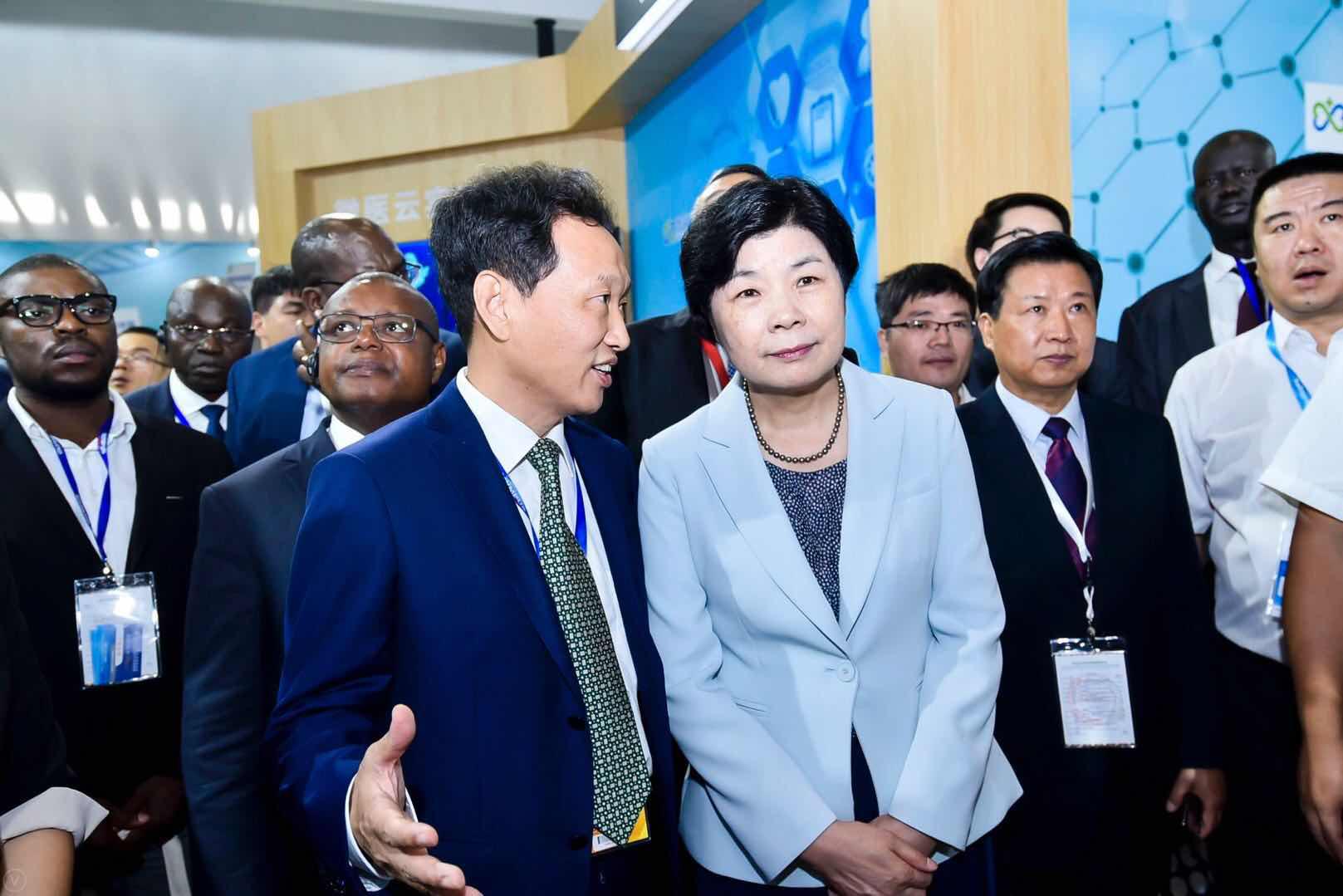 """""""互联网+医疗""""出海:中国创新如何实现在非洲落地?"""