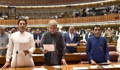 伊姆兰·汗正式成为巴基斯坦总理