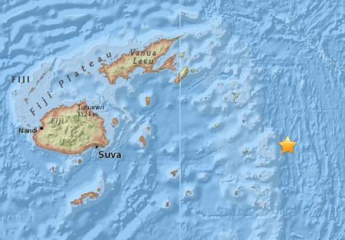 斐济以东海域发生8.2级地震 未发布海啸预警
