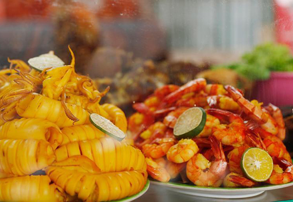 探访雅加达亚运会美食街 吃一顿不到20元便宜诱人