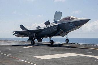 美海军和马来西亚海军举行联合演习 F35B亮相