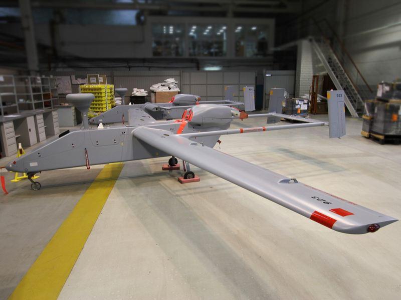 """俄首次用无人机充当舰载导弹空中""""瞄准镜"""""""