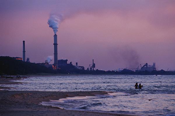 特朗普拟放宽煤电站排放标准,美未来十年碳排放或增加12倍