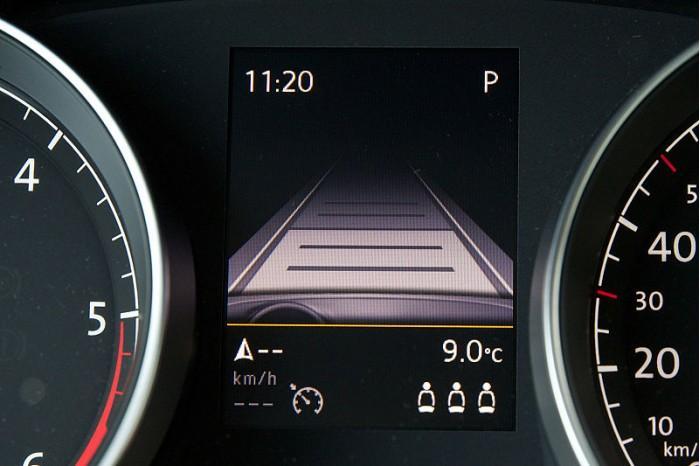 汽车半自动驾驶系统实地测试:这些缺陷你要知道