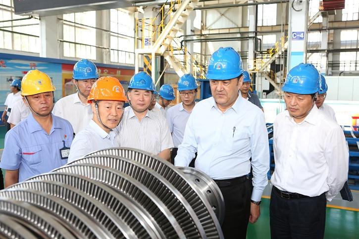 国家能源局局长调研黑龙江能源