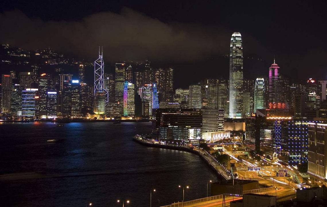 """""""夜经济""""也是新的城市竞争维度"""