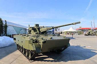 俄军事论坛展示最新升级版自行防空高炮