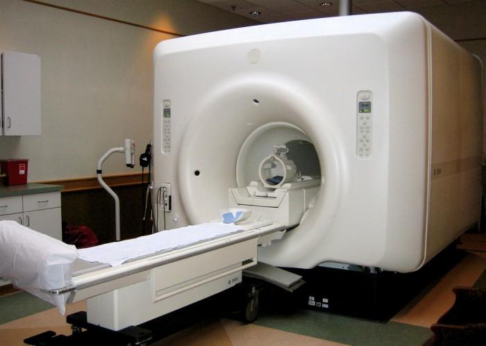 "Facebook与纽约大学推出""快速MRI""  扫描仅需5分钟"