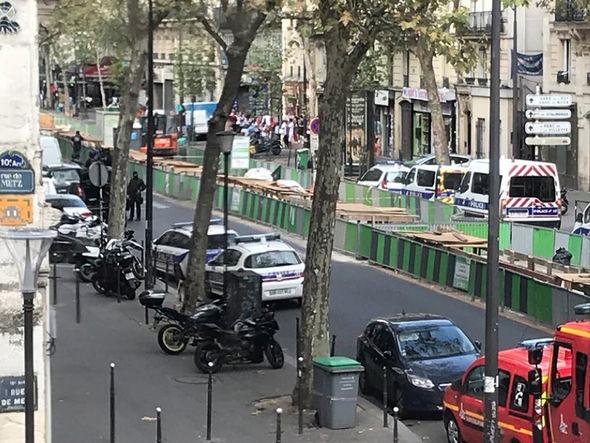 法国巴黎发生枪击事件 或有人质遭劫持