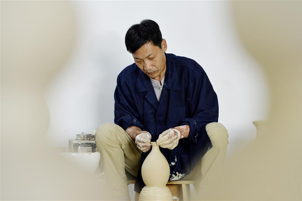 河北临城:传承邢窑陶瓷技艺 感受传统非遗魅力