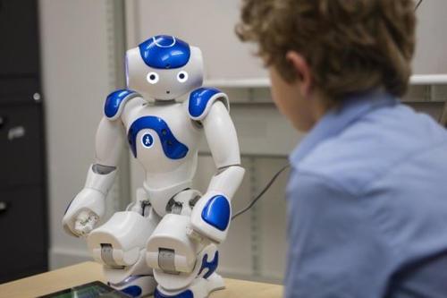 研究显示陪伴机器人可能影响孩子独立思考