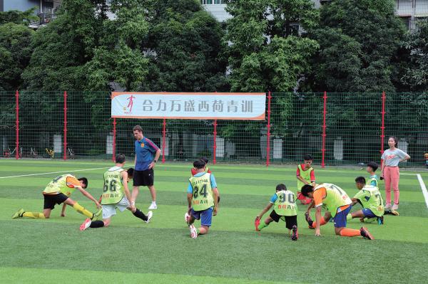 脱离文化教育的单纯技术培养耽误了几代中国足