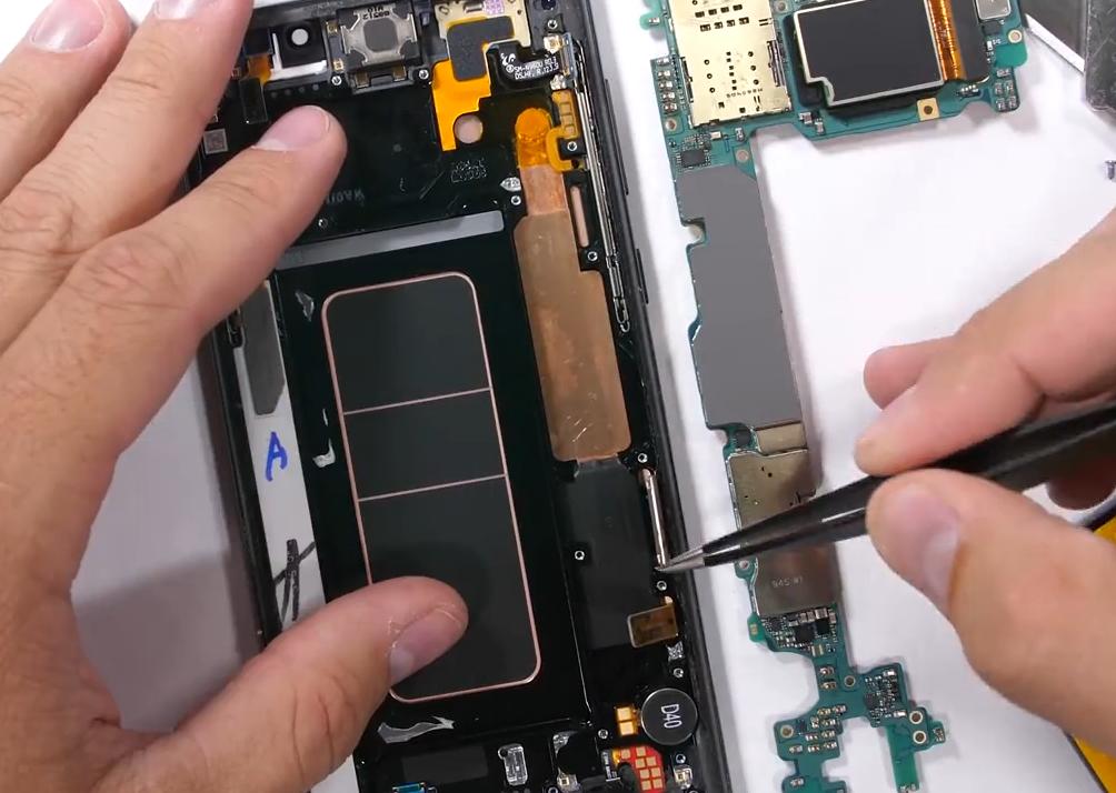 水碳散热仅是噱头?Galaxy Note 9拆解后发现没有水和碳