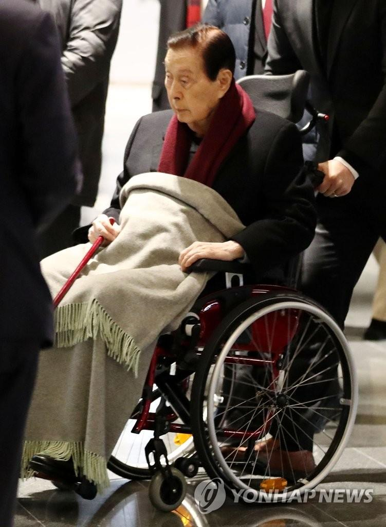 乐天96岁创始人辛格浩又获罪!这次罚款1亿韩元