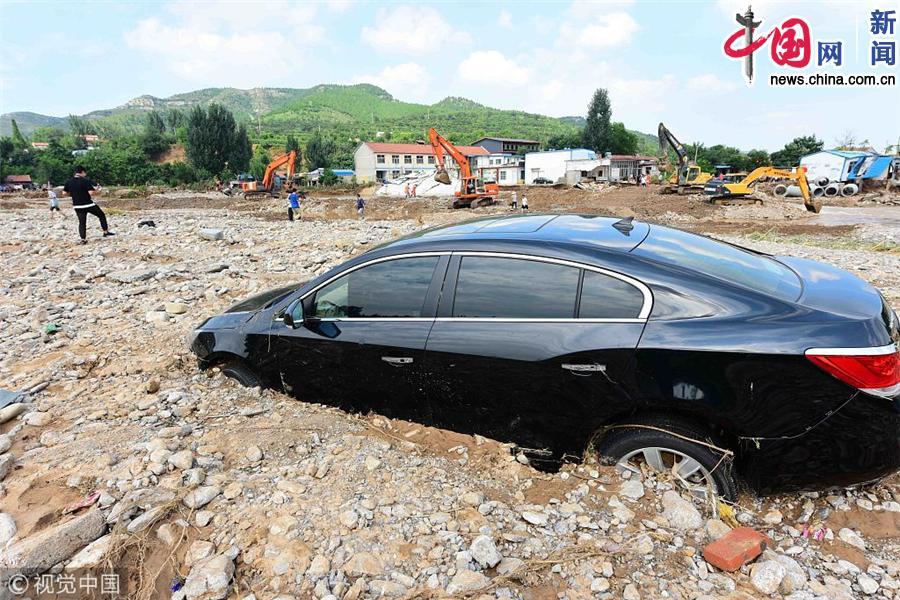 """山东潍坊:台风""""温比亚""""过境 众志成城抗洪救灾"""