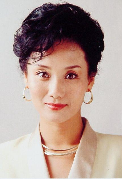 """她做了十年的挂历模特,因演坏女人走红,张翰、窦骁都叫她""""母亲"""""""