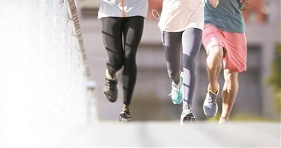 """找对""""处方"""" 膝关节痛也能做运动"""