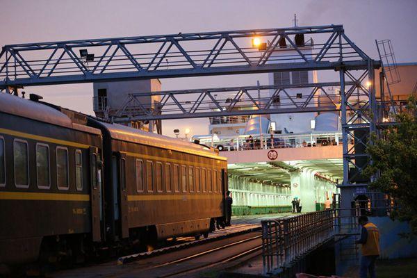 揭秘!从海南岛始发的列车是怎样过海的