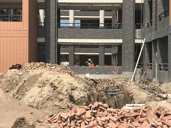 """桂林中学回应""""学生将搬入施工校区"""":若未过验收有过渡安排"""