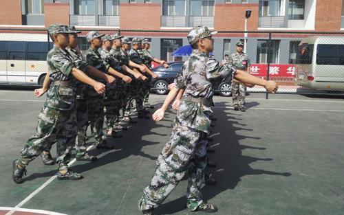 济南近3000准新兵参加役前训练