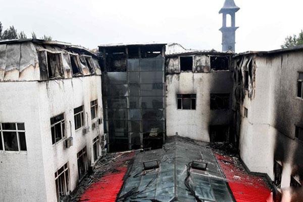 应急管理部派出工作组赶赴哈尔滨酒店火灾现场