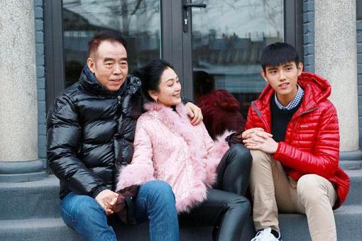 洪金宝的儿子,陈凯歌的儿子,只有他的儿子比父亲还红