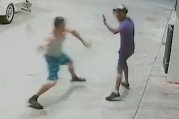 美男模用球棒将乞讨流浪汉殴打致死