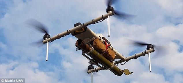 """乌克兰""""恶魔""""武装无人机面世 可配机枪、炸药、RPG"""