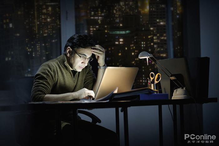 笔记本屏幕导致视力下降?低频PWM调光是主因
