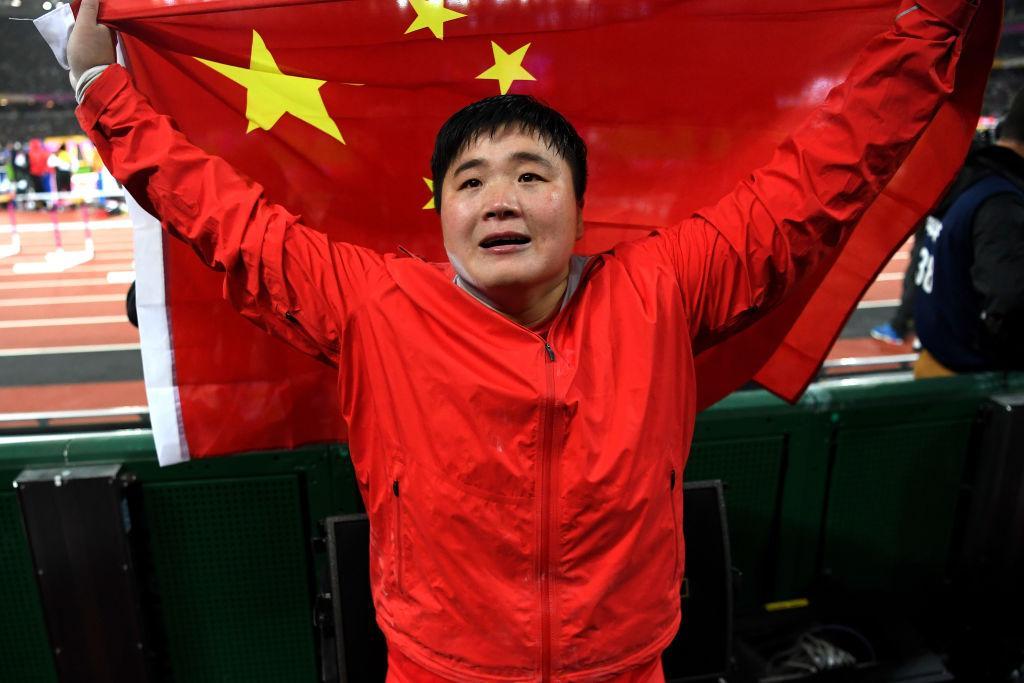 中国11连冠!亚运女子铅球巩立姣夺冠高阳摘银