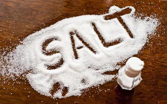 中国卖盐的是畜生?刷爆朋友圈的消息真相却是这样