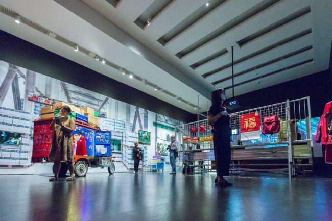 """纽约时报:京东的""""未来物流中心""""创造了奇迹"""