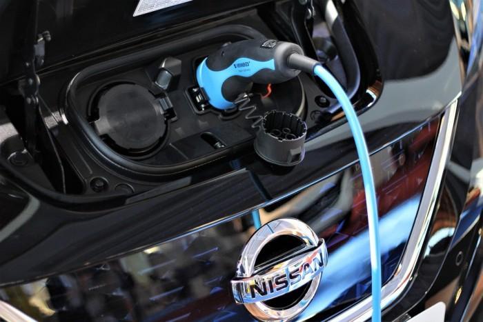 日产开始在中国生产电动车 起价不到17万元