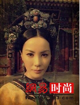 王菲早期清宫贵妃照曝光 比谁都气场足