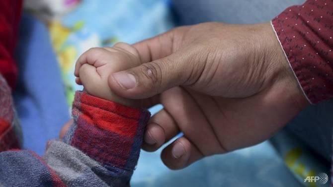 研究:母亲抑郁会影响婴幼儿的身心健康