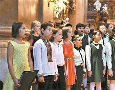 羊城儿童合唱团唱响维也纳