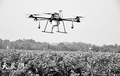 """植保无人机飞入""""标准化""""时代"""