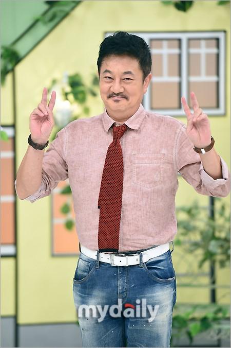 组图:韩综《家族日志》拍摄 朴俊奎苏有珍等参加