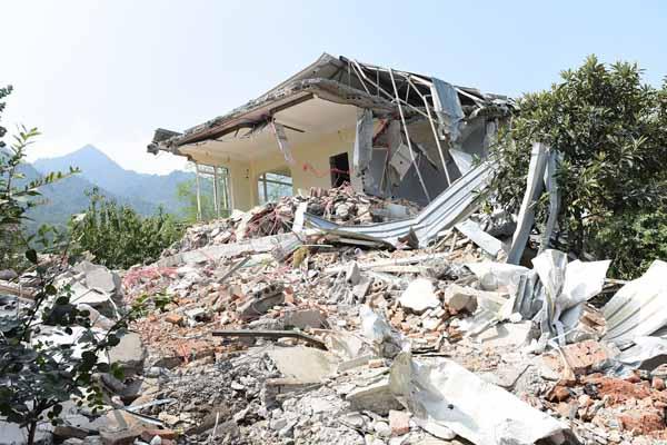西安拆除违建200余处 共7万平方米