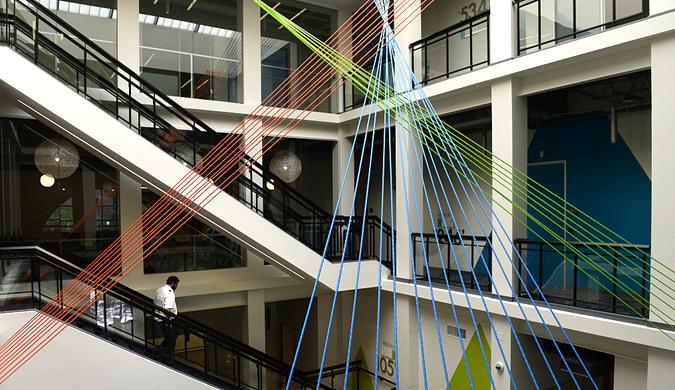 实拍亚马逊公司新办公室 科技范与艺术范碰撞出火花