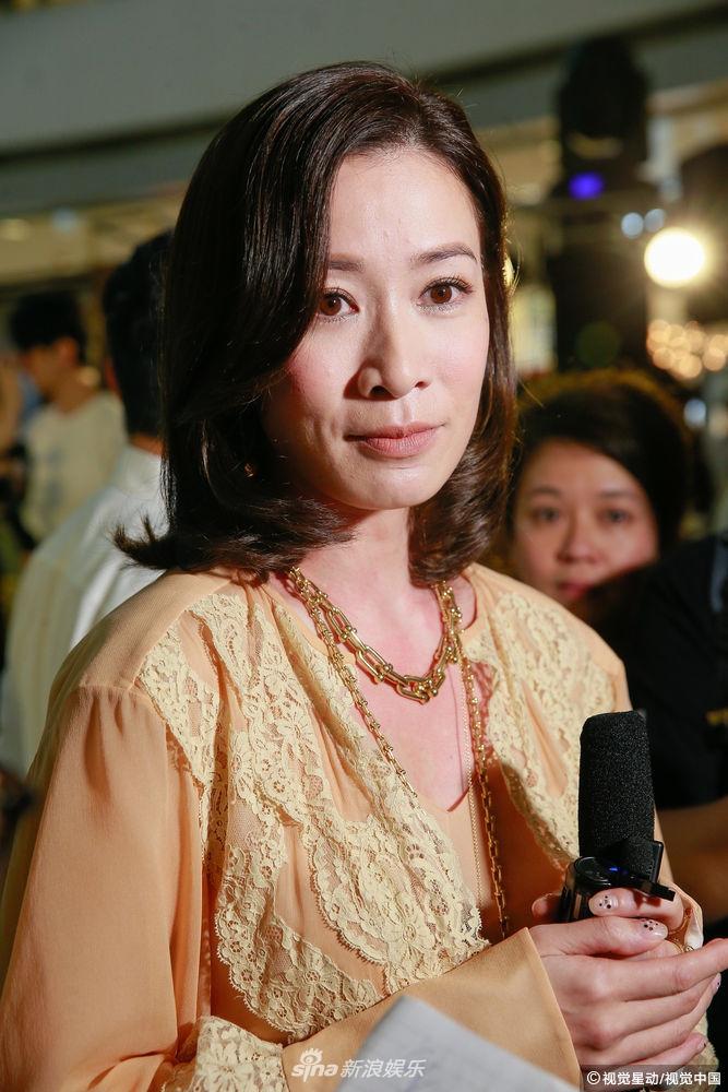 佘诗曼斥200万片酬传闻 借用高贵妃对白回应
