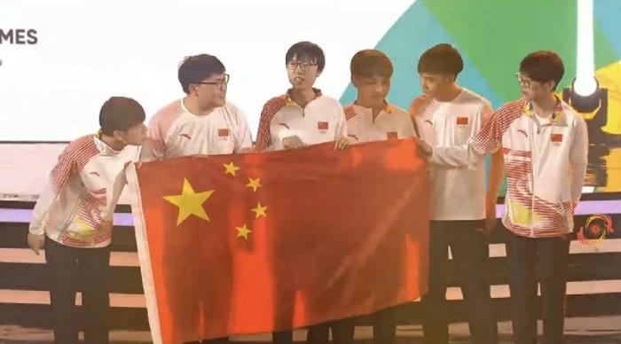 中国队斩获雅加达亚运会《英雄联盟》金牌