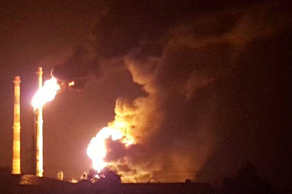德国一炼油厂发生爆炸至少8人受伤 近2000名居民疏散