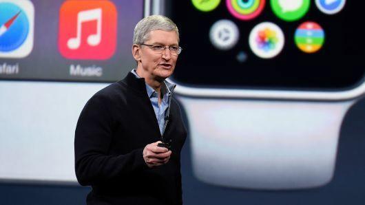 苹果自动驾驶汽车发生首起交通事故 无人员伤亡